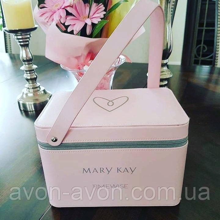 71466da583e0 Розовый кейс Mary Kay: продажа, цена в Киеве. косметички и кейсы для ...