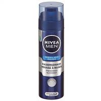 NIVEA Men  Milder Rasierschaum - Пена для бритья  200 мл