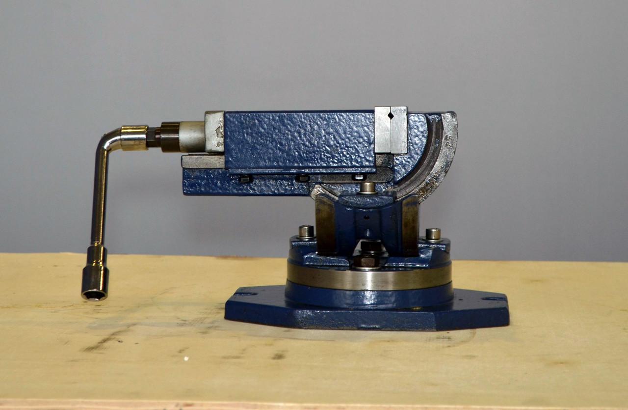 Тиски откидные с поворотной основой FDB Maschinen UMV75