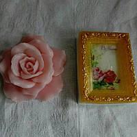 Подарочный набор 《Мыло-открытка и роза》