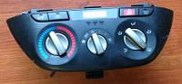 Блок управления печкой с кондиционером Toyota Rav 4 II  5590042120