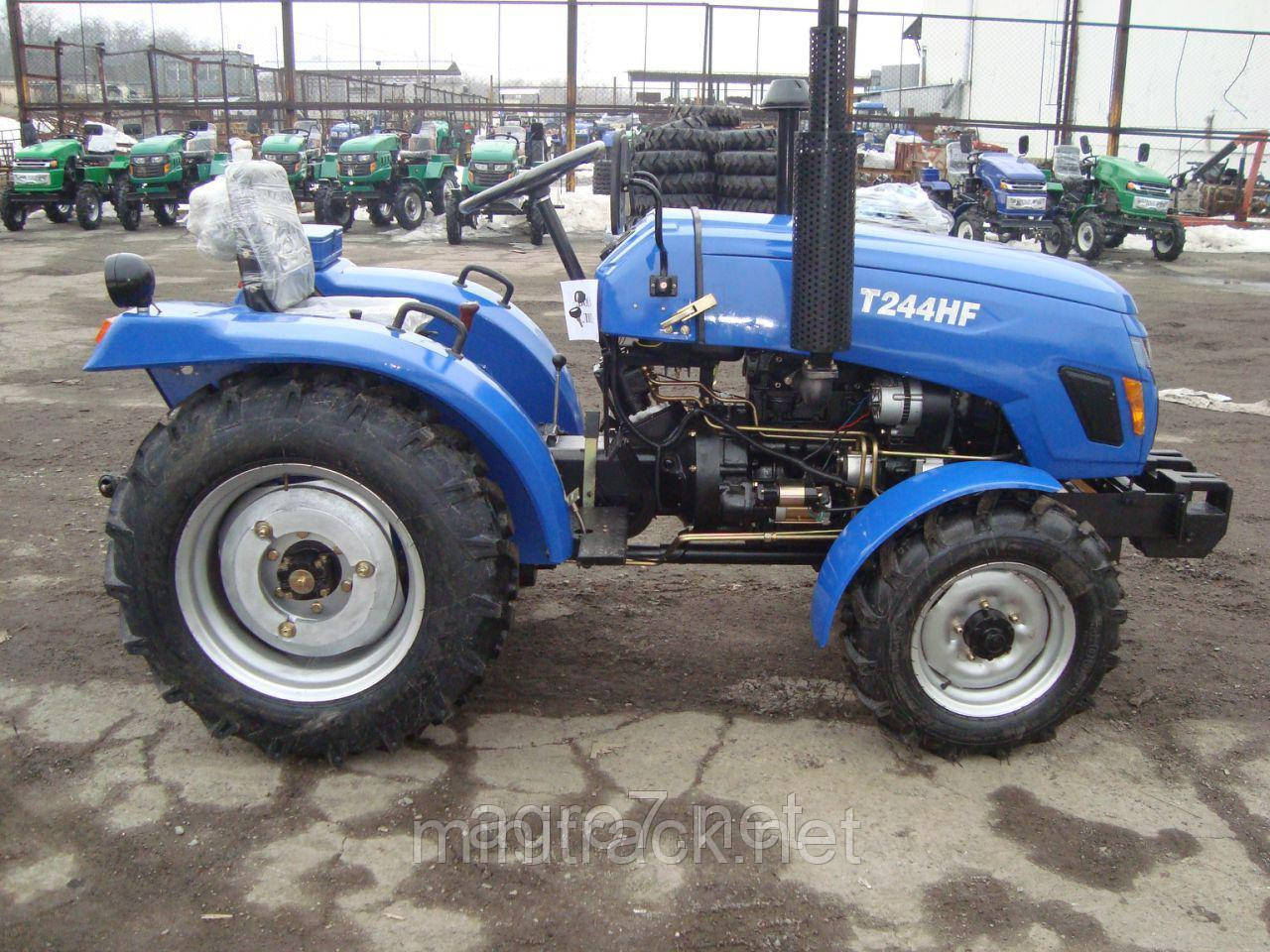 Трактор Xingtai T244HF (24 л.с.,, 4х4, 3 цил., розетка)