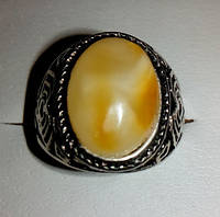 Кольцо с натуральным янтарем вес 6г размер 19