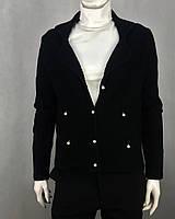 Жакет женский трикотажный в черном цвете с имитированными карманами и пуговицами в виде жемчужин