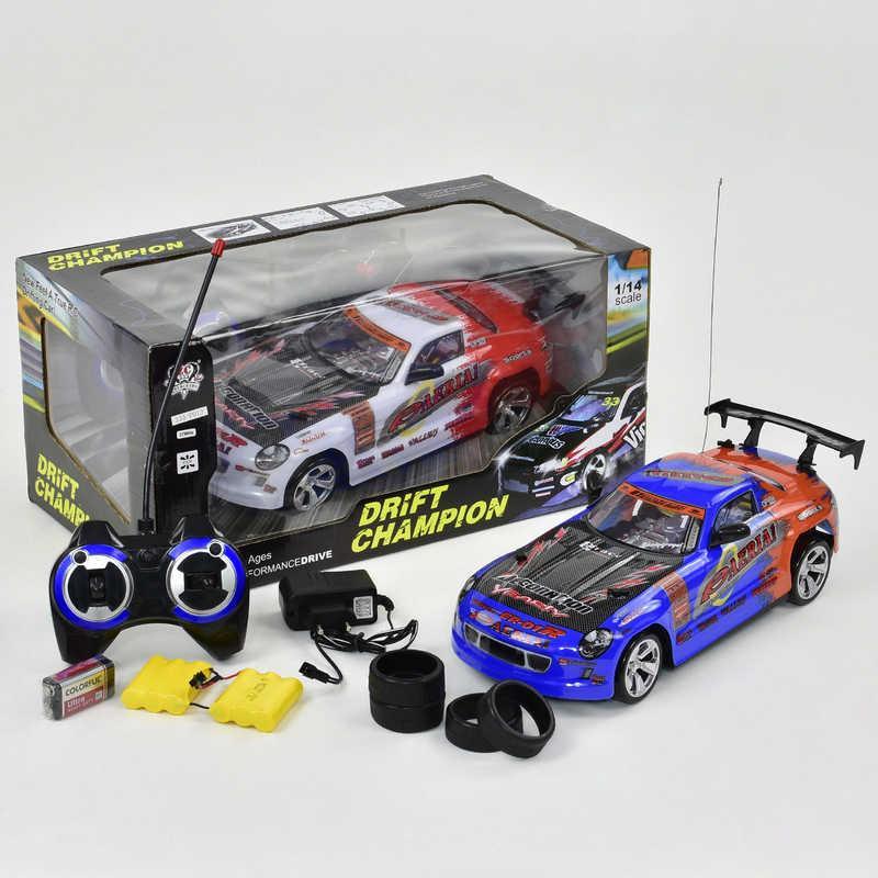 Гоночный автомобиль на радиоуправлении 333 - Р013 (16) на аккум. 7.2V, 2 цвета, в коробке