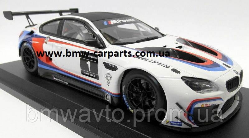 Модель BMW M6 GT3 (F13), White, Scale 1:18