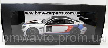 Модель BMW M6 GT3 (F13), White, Scale 1:18, фото 3