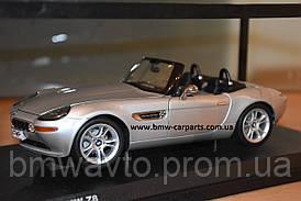 Коллекционная модель BMW Z8 Convertible (E52), Heritage Collection, 1:18 scale, Silver