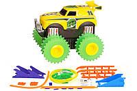2722574435962 Машинка на бат. Trix Trux набор с трассой (желтый)