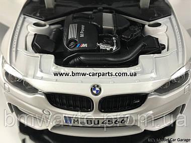 Модель автомобиля BMW M3 Competition (F80), Scale 1:18, Mineral White Metallic, фото 3