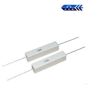 82 om (SQP 10W) ±5% резистор выводной цементный 10x10x48 мм