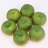 Штучний мандарин муляж зелений 8 см, фото 2