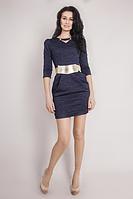 Комфортное приталенное красивое платье из тисненного трикотажа недорого.