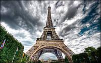 Эйфелева башня - теперь не только достопримечательность, но и база для электростанции