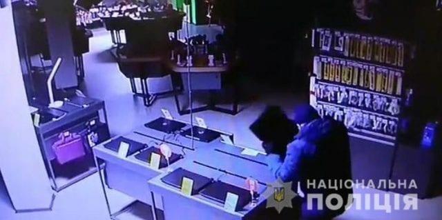 Кража из магазина