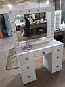 Широкий стол для макияжа, гримерный стол с большим зеркалом в раме и полочкой, фото 2