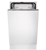 Посудомийна машина вбудована Electrolux ESL74201LO