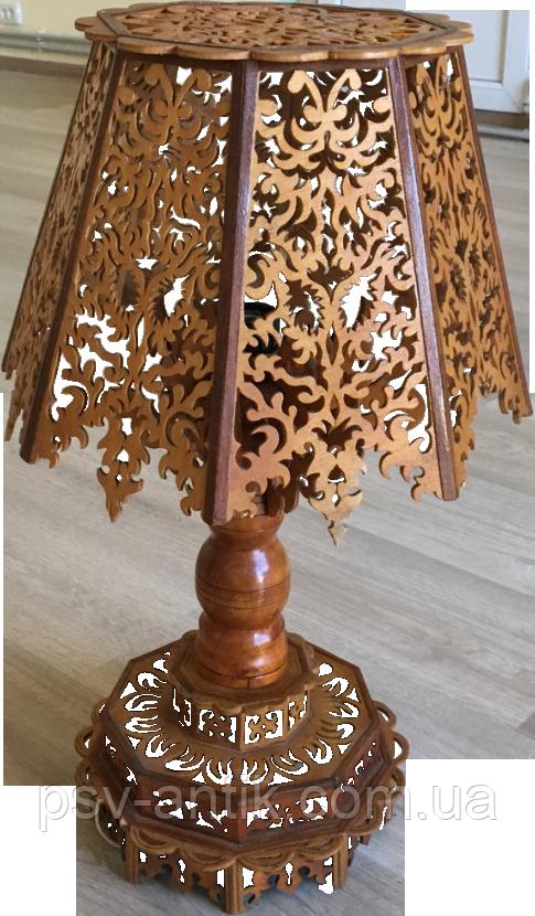 Последняя Настольная Лампа Ручной Работы из Дерева. Антиквариат