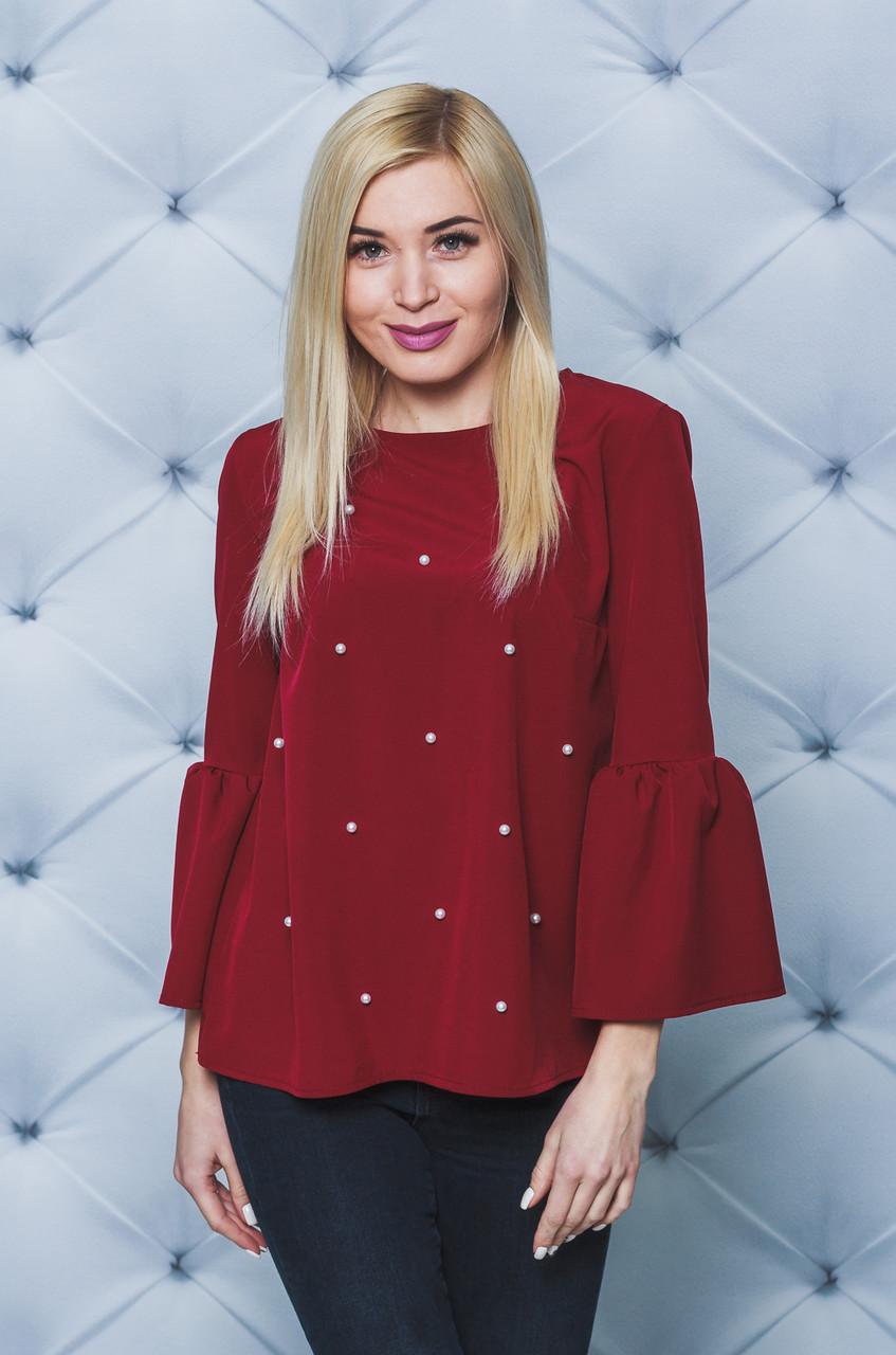 Блуза женская с жемчугом бордо