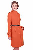 Женское пальто модного цвета