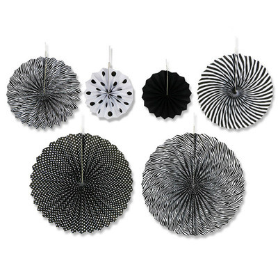 Набор черных бумажных вееров с мелкими полосами для декора