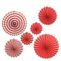 Набор красных бумажных вееров с полосами для декора