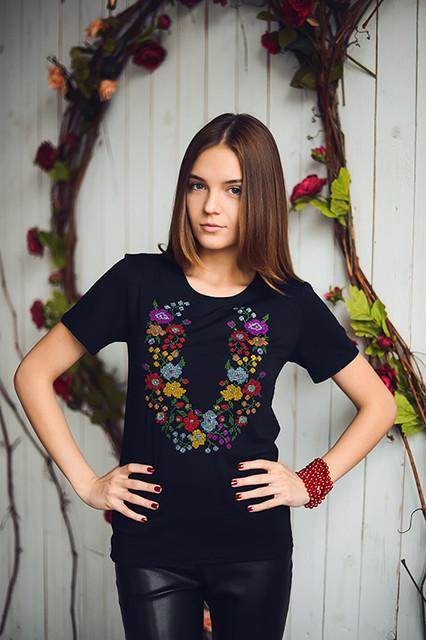 Женские трикотажные футболки вышиванки