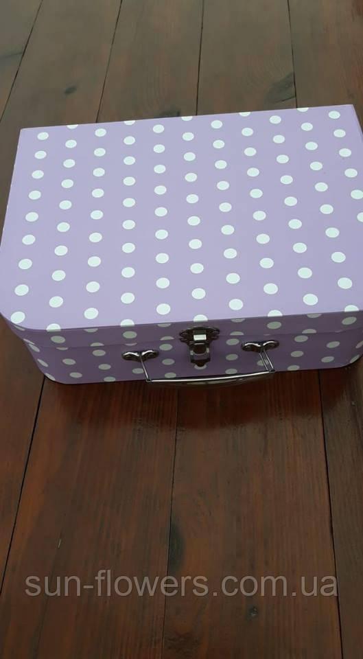Коробка-чемоданчик с застежкой