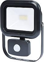 Прожектор SMD LED диодный с датчиком движения сетевой 230, 20 Вт, 1600 lm, с крепежным. скобой - VOREL