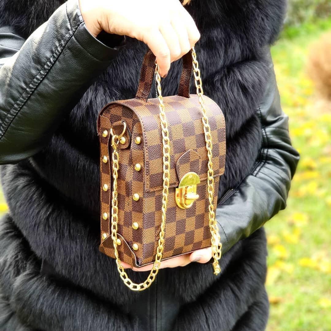 946f8956a57f Сумка клатч женская брендовая наплечная