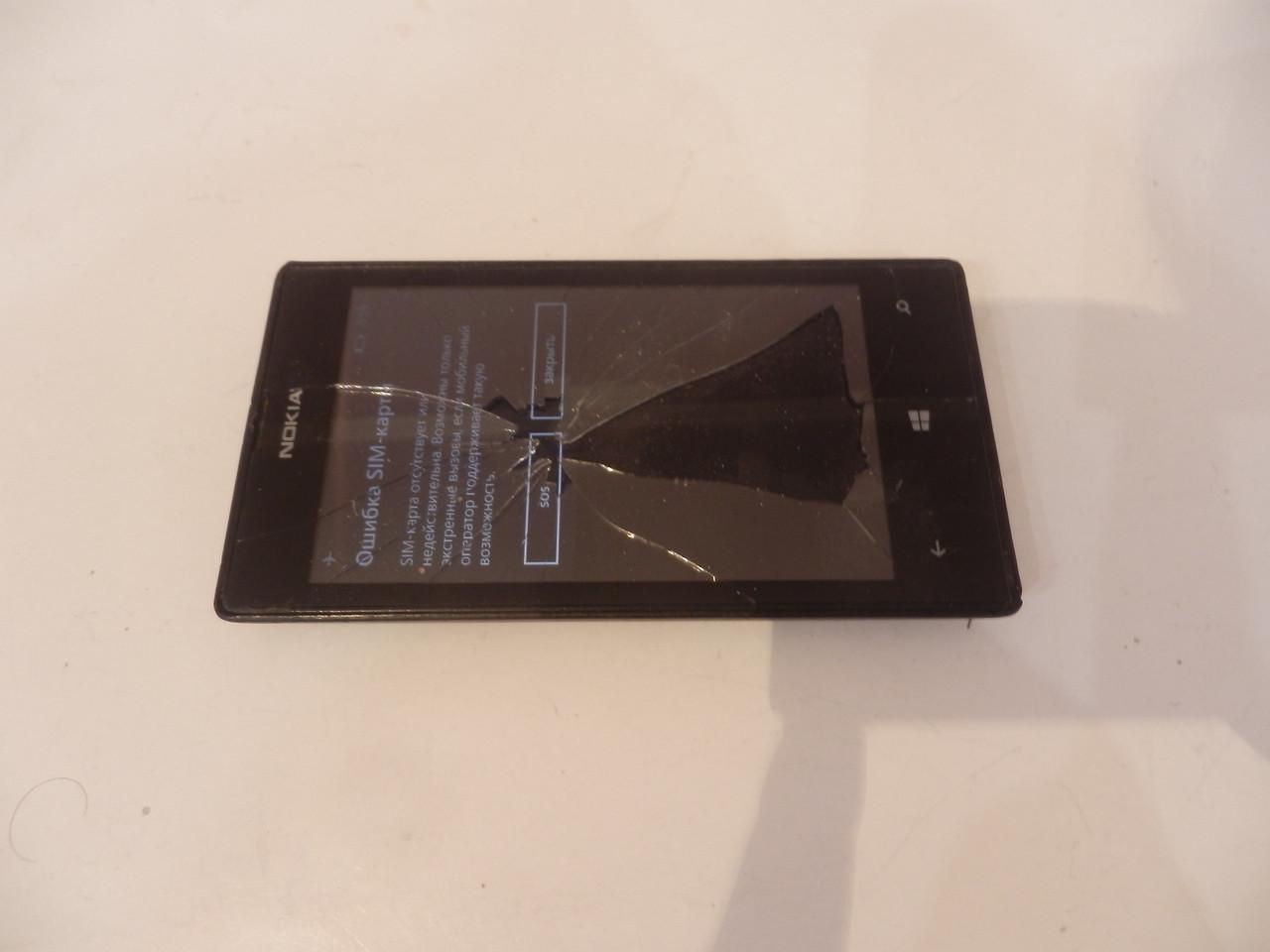 Nokia Lumia 520 №6147 на запчасти