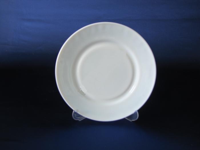 Тарелка стеклокерамическая белая мелкая 25,4 см P-100