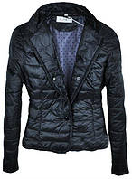 Весенняя стеганная черная женская куртка