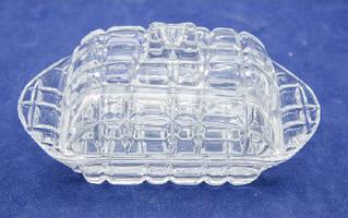 Маслёнка стекло 18х11х8 см