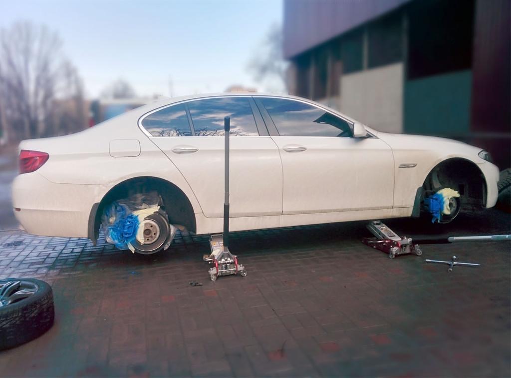 Подготовка к покраске порошковой краской, порошковая покраска -полимерное покрытие автомобильных дисков  R 18 - темно серый цвет, покрытие порошковым лаком. Обновление суппортов. ZEBER Кривой Рог