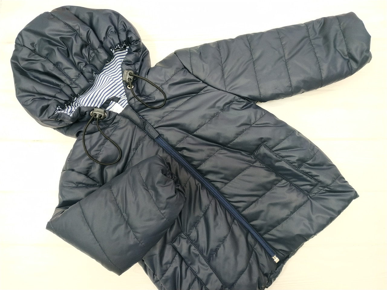Курточка  демисезонная для ребенка Темно-Синяя