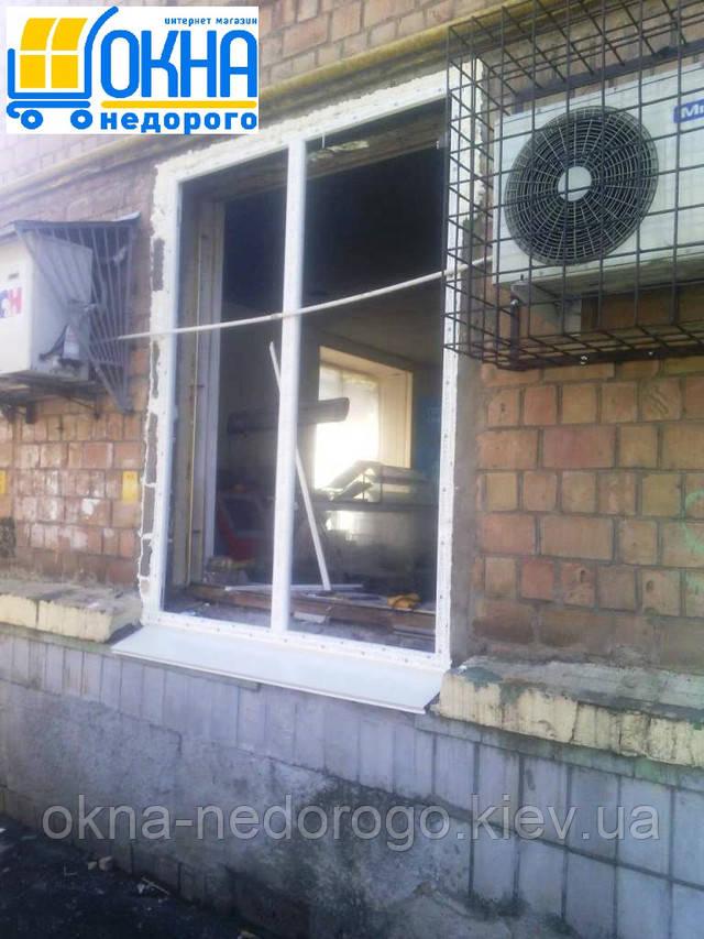 Бюджетное остекление офиса в Киеве