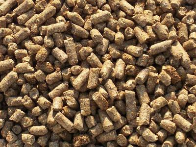 Корм для животных, кобмикорм, кормовые отруби