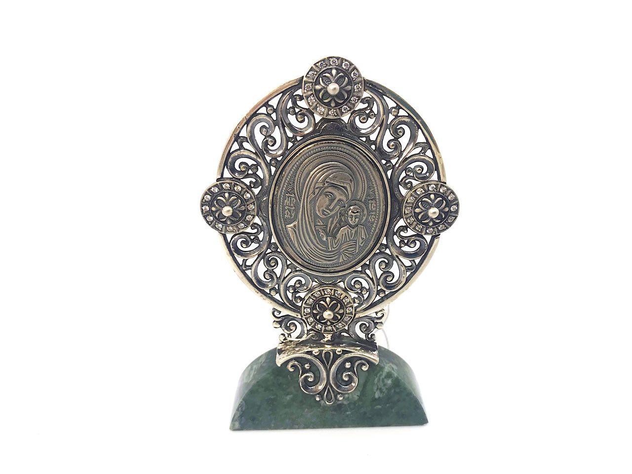 Икона из серебра 925 пробы Брюс с цирконами на ножке из мрамора Богородица