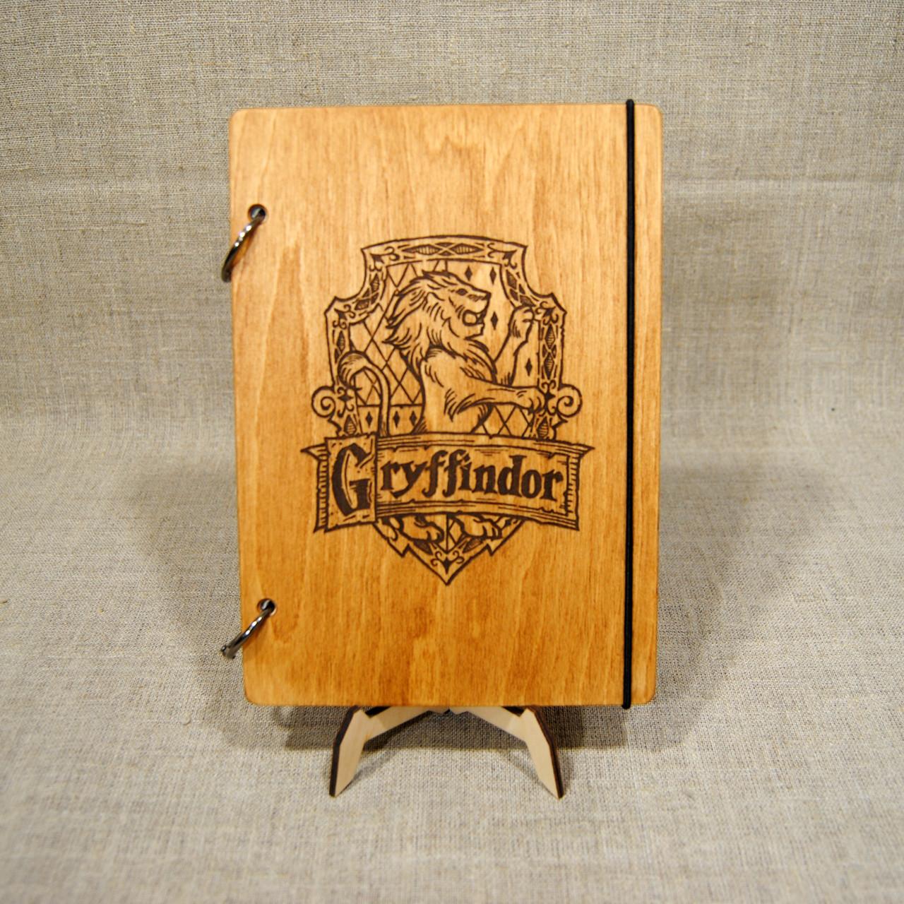 Скетчбук Gryffindor. Блокнот с деревянной обложкой.