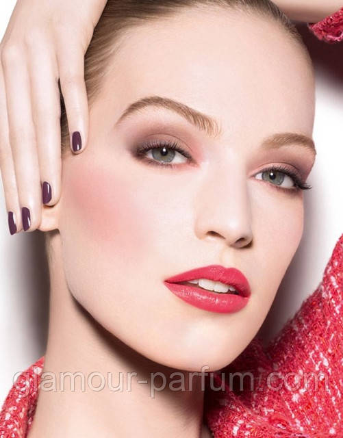 Весенний макияж: легкость и естественность