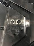 Кронштейн заднього бампера центральний Audi Q7 4M 4M0807329, фото 2