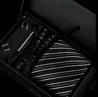 Подарочный мужской набор: галстук, запонки, платок, зажим в коробке GS784 серый