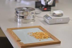 Обладнання для зернових лабораторій