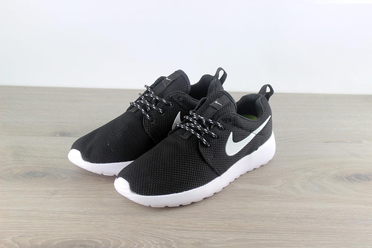 sale retailer 8d629 6a2c7 Nike Roshe Run One