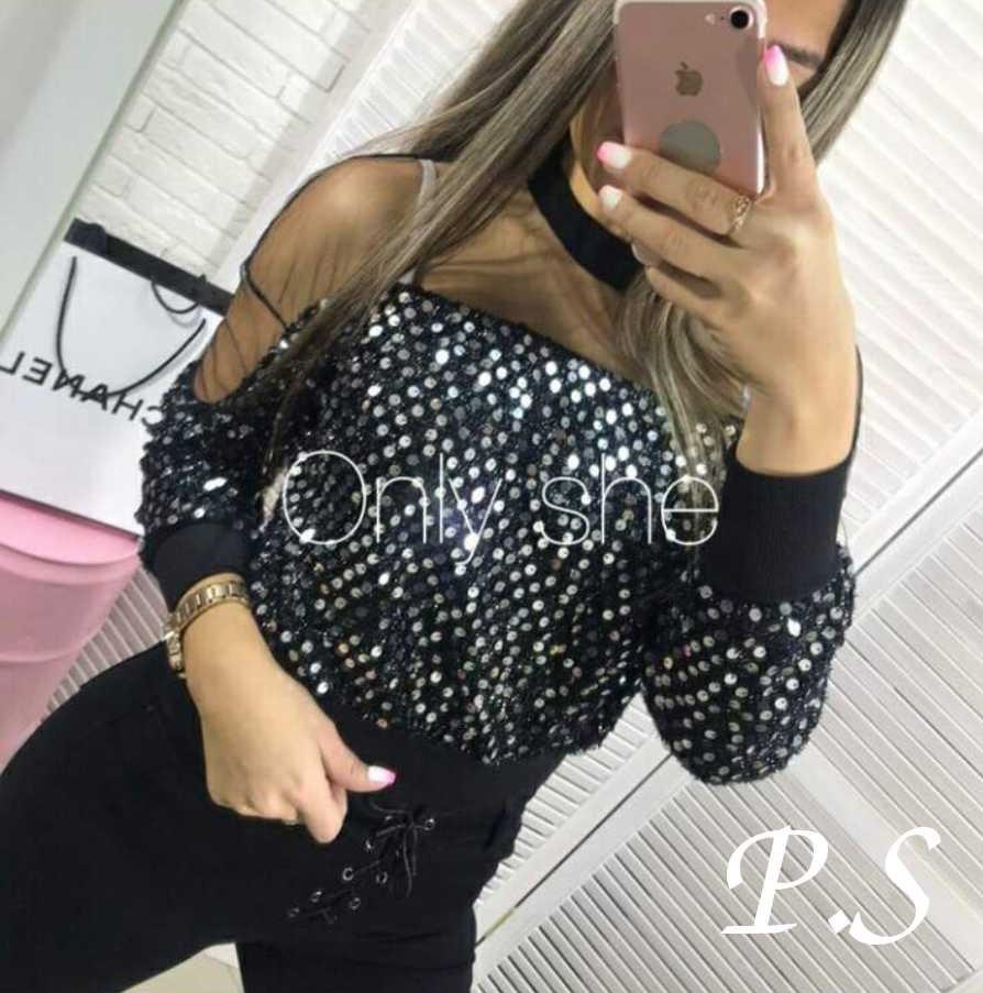 Женская блуза в паетках, размер 42-44