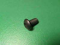 Винт ( болт ) DIN 7380 M5 8 мм с внутренним шестигранником ч.