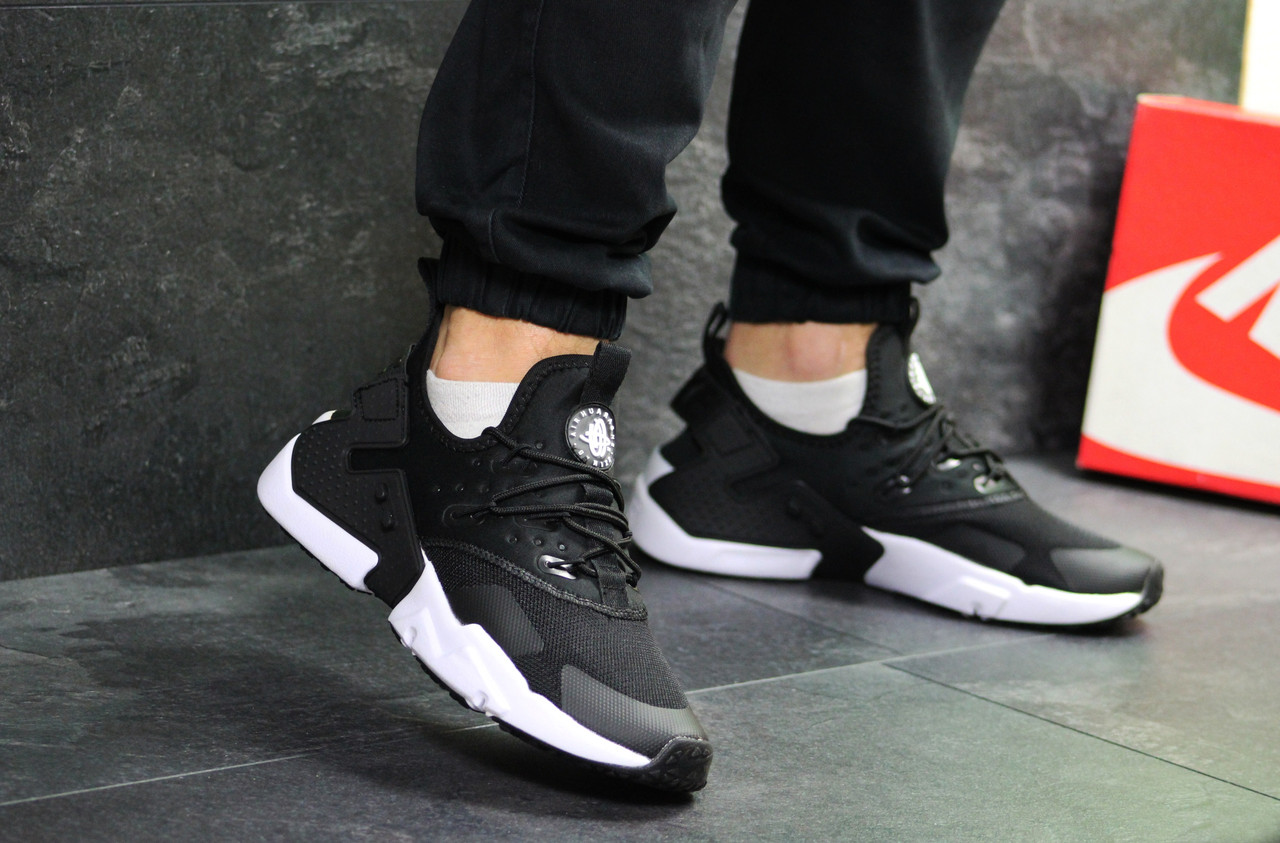 1cf1e972 Мужские кроссовки Nike Air Huarache черные с белым ( реплика ААА+) ...