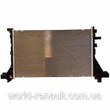 Радиатор системы охлаждения на Рено Мастер III 2.3dci M9T  (+АС) / BEHR-HELLA 8mk376737104