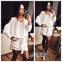 Невероятно стильное ангоровое платье со шнуровкой поясом и открытыми плечами белое 42-44 44-46/48, фото 1